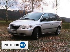 inchirieri masini Chrysler Voyager Fata