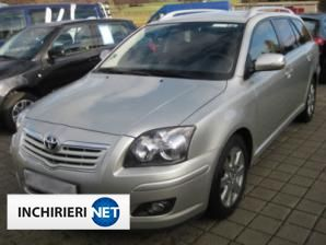 Toyota Avensis Lateral
