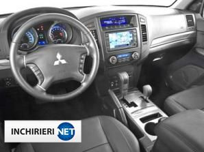 Mitsubishi Montero Interior