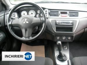 inchirieri masini Mitsubishi Lancer Interior