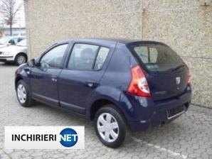 inchirieri masini Dacia Sandero Spate