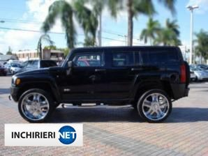 Hummer H3 Lateral