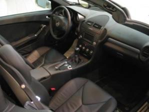 Mercedes SLK 200 Interior