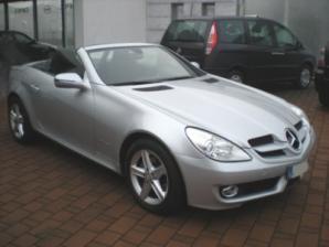 inchirieri masini Mercedes SLK 200 Lateral