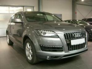 Audi Q7 Lateral