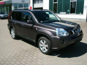 Nissan X-Trail Lateral