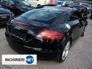 Audi TT spate