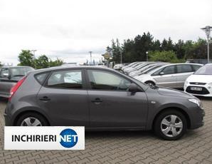 Hyundai i30 lateral