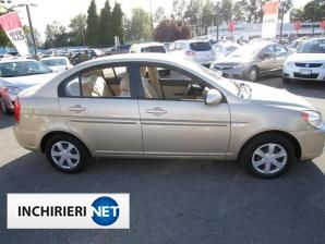 Hyundai Accent Lateral