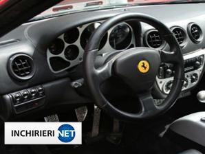 inchirieri masini Ferrari Interior