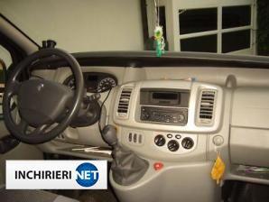 inchirieri masini Renault Trafic Interior